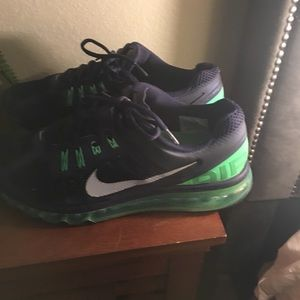 Nike Men's Air Max running shoes